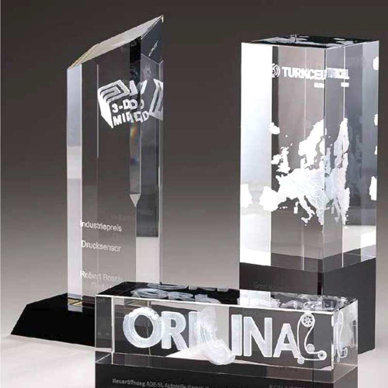 Kristallglas-Awards mit hochwertiger Innengravur