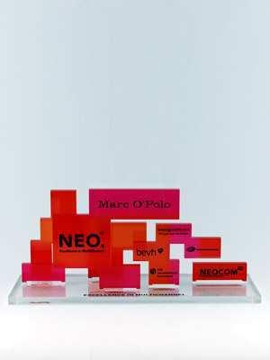neocom-award-sonderanfertigung-acrylglas-uv-direktdruck